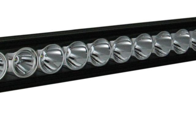 Eclairage VisionX LED XPI - Xmitter Prime Iris avec optique inclinable pour barre fixe
